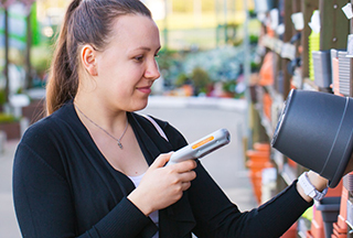 Blog: Scan, Bag and Go—Self-Scanning Technology Empowers Consumers to Shop with Ease